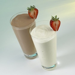 chocolate and vanilla meal replacement shake